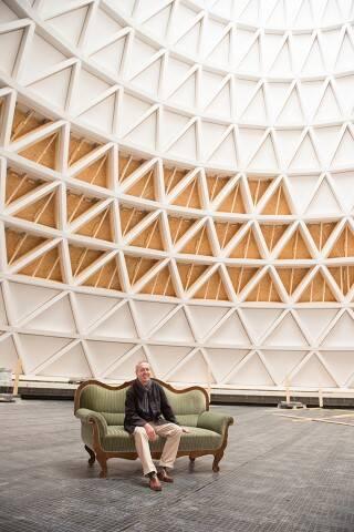 p_1Ökologisch: Spektakuläre neue Kirche aus Holz – Architekt Eberhard Wimmer im Interview